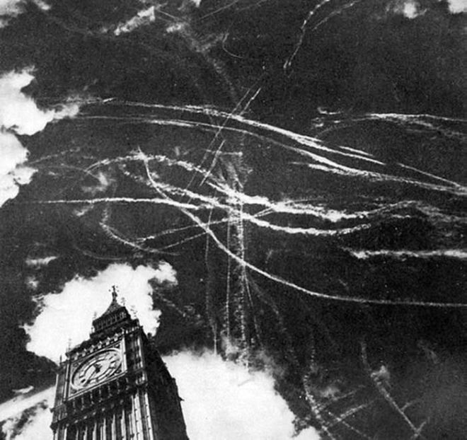 37 Historical Rare Pictures From The World War 2