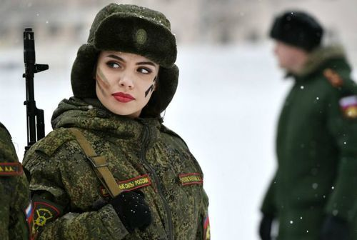 Top 41 Toughest Female Soldiers In The World
