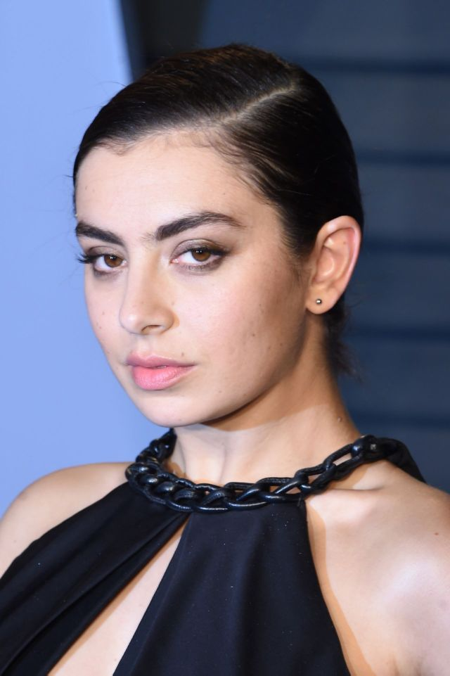 Charli XCX Attends Vanity Fair Oscar Party 2018