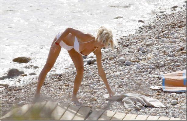 Victoria Silvstedt Under The Sun On Ibiza Island